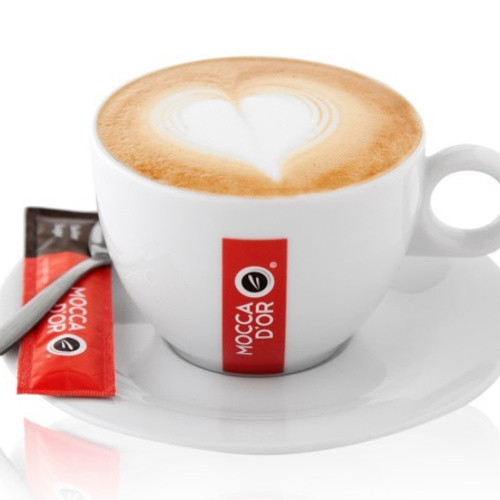 Mocca dor Cappuccino kop en schotel